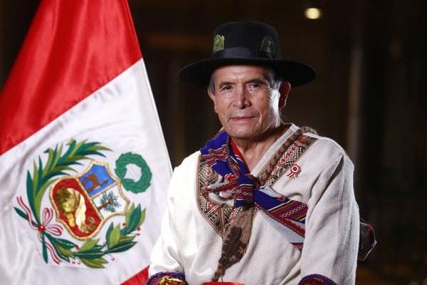 Exministros de Comercio Exterior y Turismo rechazan propuesta de Ciro Gálvez