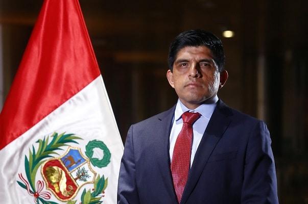 Fiscalía abre investigación preliminar contra el ministro del Interior, Juan Carrasco, por inconducta funcional