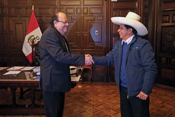 BCR: congresista Edwin Martínez asegura que Pedro Castillo evalúa retirar a Julio Velarde