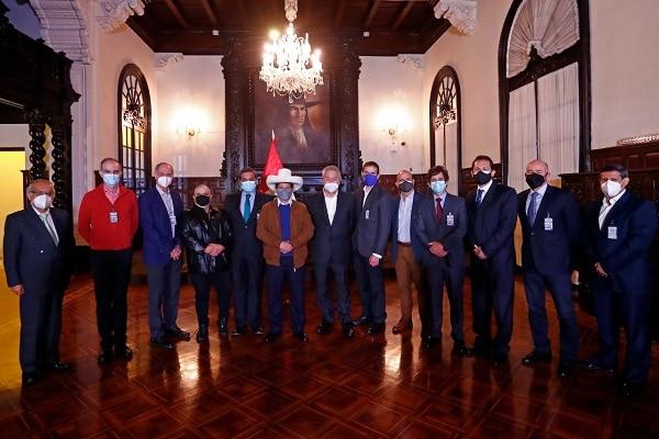 Perulibristas en contra de que Castillo firme declaración en pro de la libertad de expresión