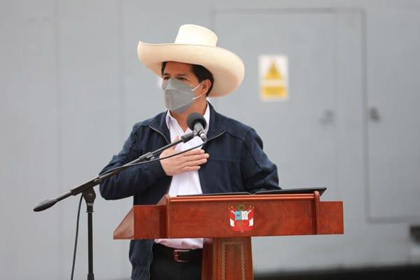 Pedro Castillo: «Es momento de incentivar un profundo diálogo entre todas las raíces políticas»