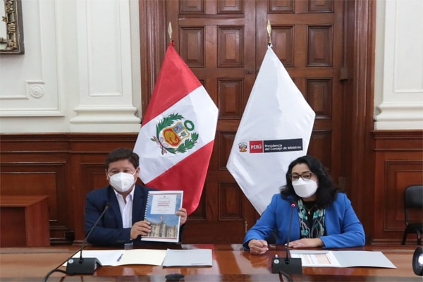 Violeta Bermúdez califica de «masculino» al gabinete Bellido