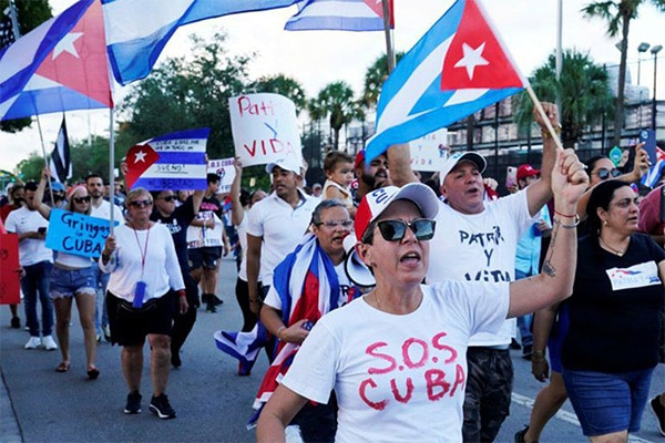 Convocan a un paro nacional en Cuba