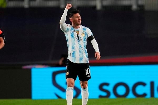 Lionel Messi superó a Pelé como máximo goleador histórico de selecciones sudamericanas