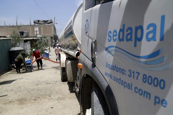 SJL: Sedapal no cobrará servicio de agua a vecinos que sufrieron aniego
