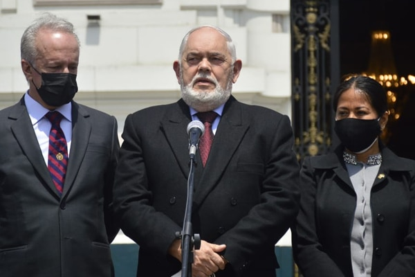 Archivan denuncia contra Jorge Montoya y José Cueto