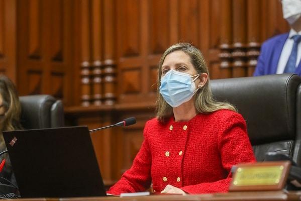 María del Carmen Alva sobre reunión con Castillo: «Nos dijo que estaba evaluando a los ministros»