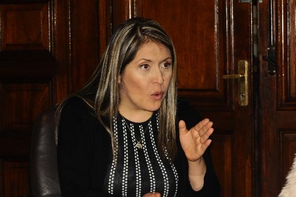 """Yeni Vilcatoma: """"Investigación a Castillo devuelve esperanza"""""""