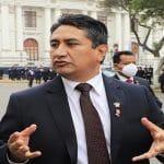 Vladimir Cerrón: Se renegocia o se recupera la administración